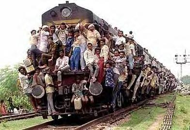(JEU) MOI QUAND...... Overcrowded_indian_train